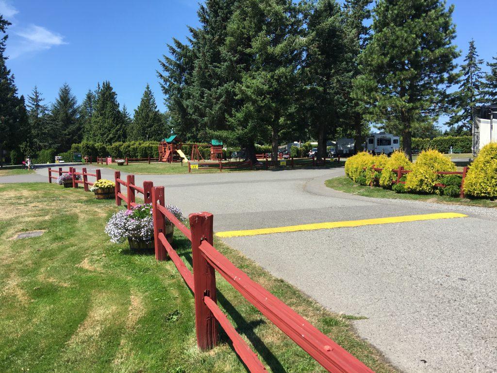 Landscape w playground 2